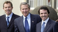 Tony Blair, George Bush júnior i José Maria Aznar.